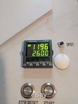 Machine De Coulée Modulaire 4 À Induction Par Nobilium Ticonium, L'utilisation Dans Le Laboratoire Dentaire